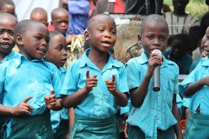 kids-singing-2